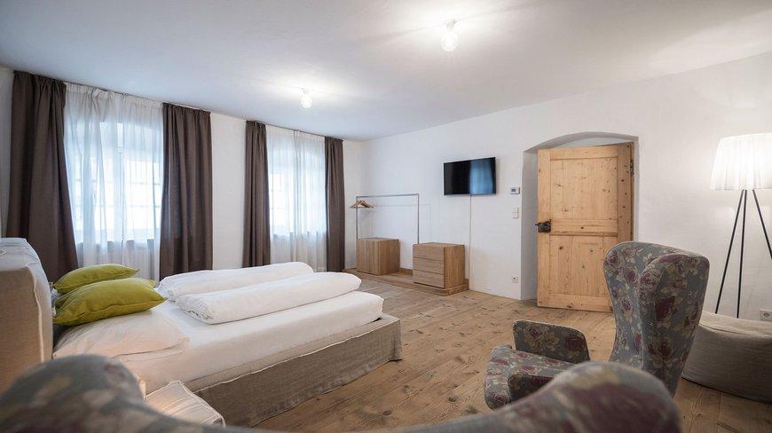Boutique apartments gius la residenza for Boutique hotel kaltern